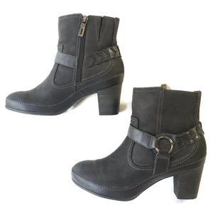 Clarks Women's Ankle Boots- Active Air Size 7.5
